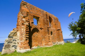 Ruins of Church in Trzęsacz (EN)